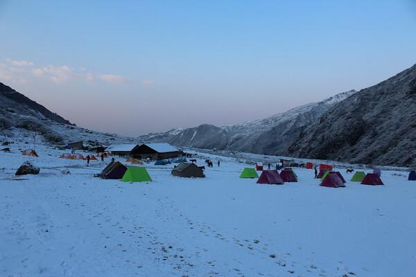 Треккинг в Гималаях - Трек в базовый лагерь Канченджанга