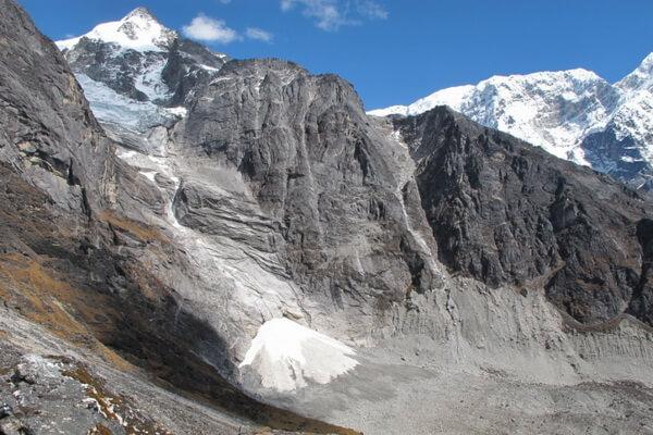 Треккинг в Гималаях Непала - Поход по тропе Нумбур Чиз