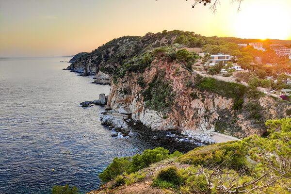 Веломаршруты Европы - Пиринекс в Испании, побережье Коста-Брава в Каталонии