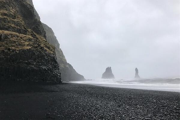 Чёрный пляж Вик, Исландия