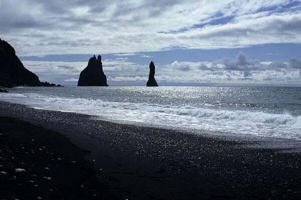 Рейнисфьядль, пляж Вик (Исландия)