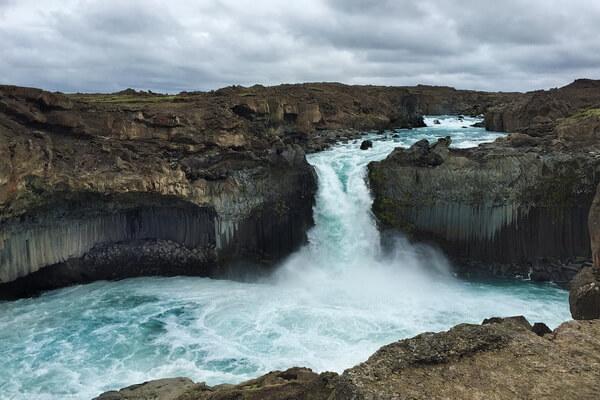 Красивейшие водопады Исландии с фото и описанием - Альдейярфосс