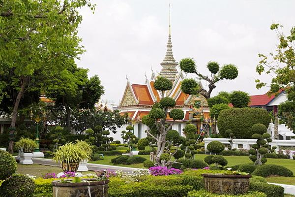 Храм Ват Арун в Бангкоке (Таиланд)