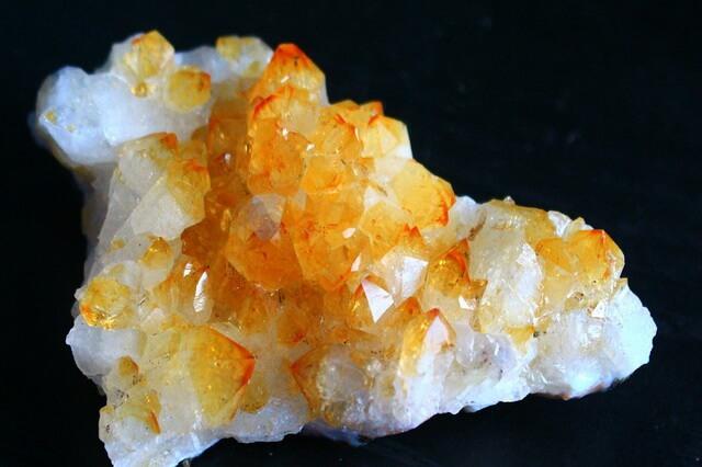 Драгоценные камни жёлтого цвета - фото и описание